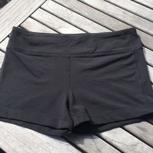 Athleta bike shorts size medium